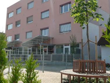 Das ACASA Seniorenhaus in Altendorf    Altendorf ist eine kleine Gemeinde in der Oberpfalz in Bayer...