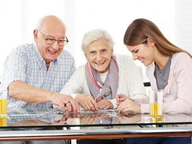 Pflegehelfer/-Innen für betreute Wohngemeinschaften in Zehlendorf