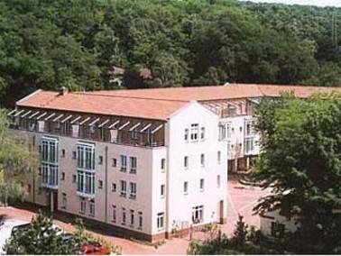 Das idyllisch gelegene Heinrich-Zschokke-Haus befindet sich in Düsseldorf an der Hagener Stra&s...