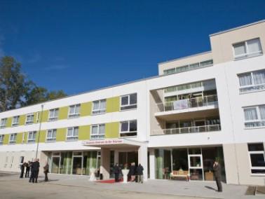 """Das neue KerVita Senioren-Zentrum """"An der Warnow"""" ist im Herbst 2010 eröffnet worde..."""