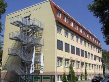 Lage der Einrichtung   Das Pflegezentrum Maximilianstift liegt in der Südvorstadt Leipzigs, nu...