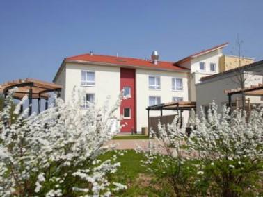 Das im Oktober 2010 eröffnete Integra Seniorenpflegezentrum liegt am Rand von Nordstemmen inmit...