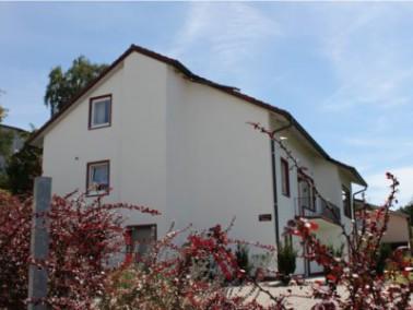 In der ambulant betreuten Seniorenwohngemeinschaft Villa am Moosgraben leben bis zu 12 Bewohner zusa...