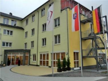 Im Oktober 2012 hat das neue SenVital Senioren- und Pflegezentrum am Bürgerhaus in Mörlenb...