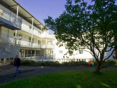 Unser Altenzentrum Sängelsrain liegt in wunderschöner Lage am Rande der Stadt Kassel. Ausg...