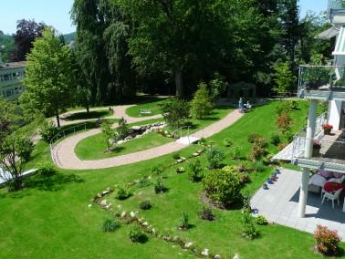 Die gesamte Anlage KWA Parkstift Hahnhof besteht aus den Bereichen:        Wohnstift   Das Leben i...