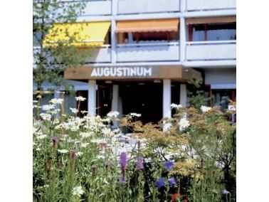 Direkt am Südhang des Taunus und ca. 15 km nordwestlich von Frankfurt am Main entfernt liegt di...