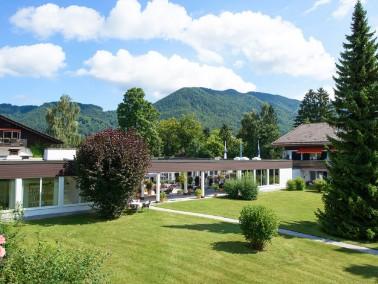 Bayern von seiner schönsten Seite   Die reizvolle Voralpenlandschaft südlich von Mün...