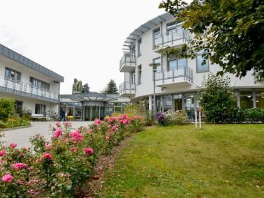 Herzlich Willkommen in der Stiemerling Senioren – Residenz Königslutter Wir freuen uns se...
