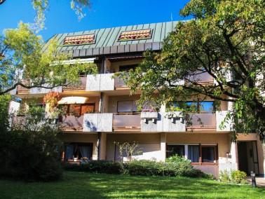 Vor rund 30 Jahren erbaute der Evangelische Verein die Betreute Wohnanlage in der Nauheimer Stra&szl...