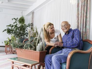 Der Ambulante Dienst Landshut, der Teil der  CURANUM Seniorenresidenz Nikolastraße  in Landshu...