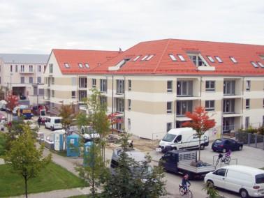 Mitten in Trudering befindet sich auf zwei Grundstücksarealen in der Karpfenstraße eine S...