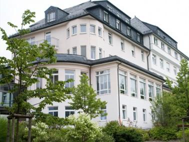Die MediClin Seniorenresidenz Brunnenbergblick befindet sich im sächsischen Bad Elster, einem d...