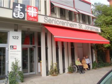 Im Herzen Berlins, nahe dem Potsdamer Platz, liegt das Caritas-Seniorenzentrum St. Johannes Berlin. ...