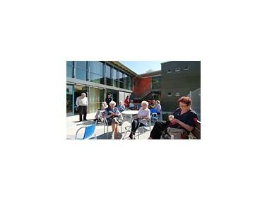 Im Seniorenzentrum Erolzheim stehen 42 Plätze für die Bewohnerinnen und Bewohner bereit. D...