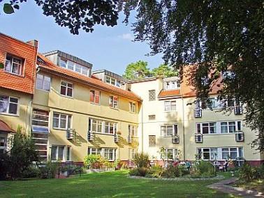 Inmitten des schönen Frohnauer Villenviertels, ganz im Berliner Norden, liegt das Vitanas Senio...