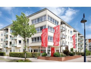 Unsere Pflegeeinrichtung befindet sich im Westen der Universitätsstadt Freiburg, im neu entstan...