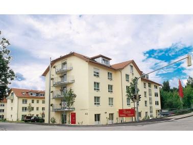 Unsere Pflegeeinrichtung, die sowohl einen Pflegebereich als auch Betreutes Wohnen anbietet, liegt r...