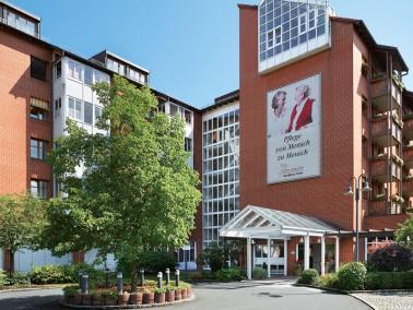 Unsere Pflegeeinrichtung befindet sich im Nürnberger Stadtteil St. Peter. Die Innenstadt ist in...