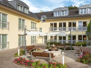 Unsere Pflegeeinrichtung befindet sich am Rande von Gräfenroda und ist von einem Nutzgarten mit...