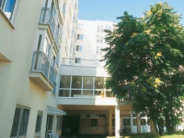 Im attraktiven Bezirk Berlin-Mitte liegt unsere Pflegeeinrichtung. Zahlreiche kulturelle Einrichtung...