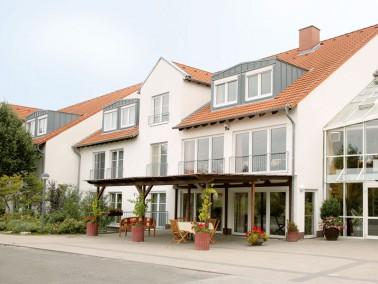 Unsere Pflegeeinrichtung liegt relativ zentral in der Gemeinde Dalsheim, nahe der rheinhessischen We...