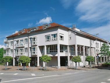 Das Samariterstift Münsingen bietet seinen Bewohnern ein sicheres Zuhause. Die Einrichtung befi...