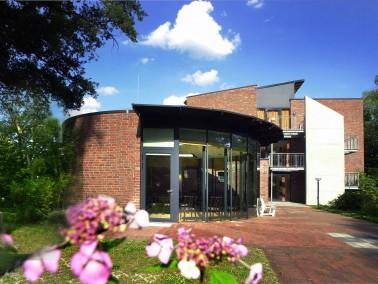 Die Hausgemeinschaften Waldeseck verfolgen mit dem Hausgemeinschaftsmodell das Konzept eines lebensw...