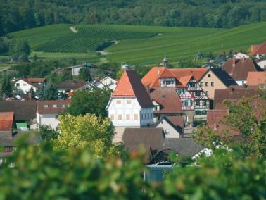 Unterhalb des Schlosses und umgeben von Rathaus und Wehrturm finden Sie unsere neue Wohnanlage &bdqu...