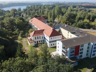 Diakonie-Pflegeheim Röbel   Das Diakonie-Pflegeheim Röbel befindet sich direkt an der M&u...