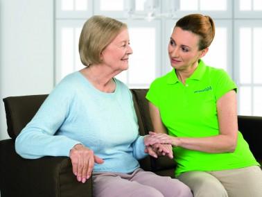 Im Falle eines Pflegefalls muss das vertraute Zuhause nicht zwingend verlassen werden. Durch einen u...