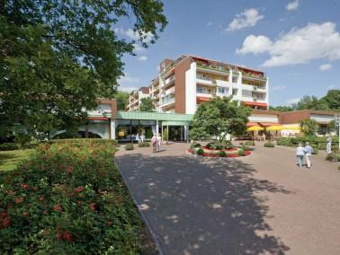 Der Rosenhof Hochdahl, in der Gemeinde Erkrath, grenzt mit seiner attraktiven Grünanlage direkt...