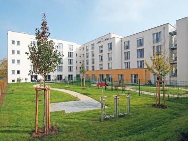 Nur 15 Minuten vom Schweinfurter Altstadtkern entfernt liegt das PHÖNIX Haus Gartenstadt im gle...