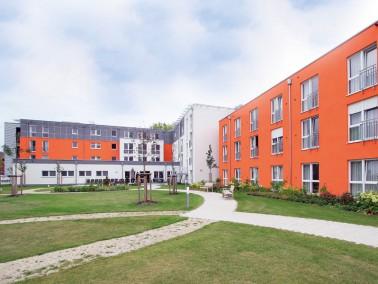 Obwohl sich das PHÖNIX Haus Fronmüller in einem ruhigen Stadtteil Fürths befindet, is...