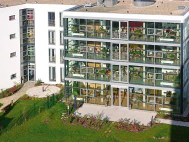 Das PHÖNIX Haus Im Brühl liegt zentral und nur 5 Gehminuten von der historischen Altstadt ...