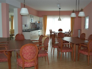 Mitten in der Oberpfälzer Stadt Neumarkt liegt das PHÖNIX Haus Wolfstein. In dem Pflegehei...