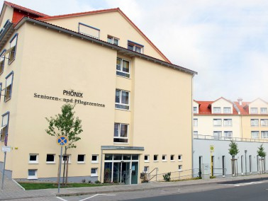 Das PHÖNIX Haus am Bodenseering in Bayreuth liegt nur etwa 10 Minuten von der historischen Alts...