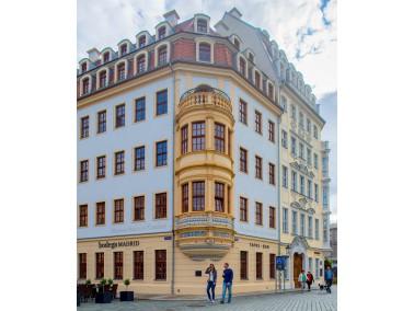 Mitten im Herzen der Stadt Dresden, eingebettet in Gebäude bürgerlicher Barockkunst und mi...