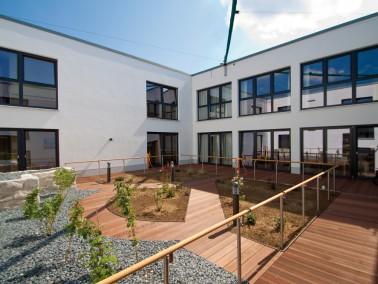 Das modern ausgestattete PHÖNIX Haus Seubersdorf wurde erst im Mai 2011 fertiggestellt und befindet ...