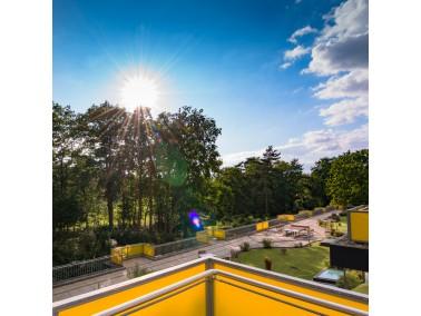 Das Pflegeheim der Philipp F. Reemtsma Stiftung liegt im Westen von Hamburg im Stadtteil Rissen, in ...