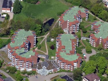 Lage   Die Residenz am Wiesenkamp liegt im idyllischen Stadtteil Volksdorf, auch bekannt als eines ...