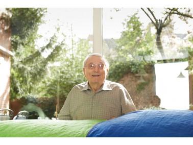 Im Herzen von Gelsenkirchen Buer befindet sich das CURANUM Seniorenpflegezentrum Franziskushaus. Von...