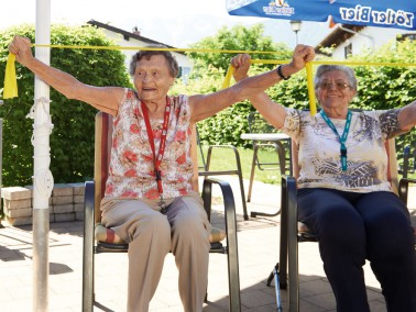 Das CURANUM Seniorenpflegezentrum St. Vinzenz liegt eingebettet in dem idyllischen Ortskern von Pfro...