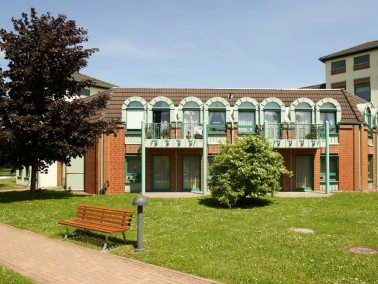 Das CURANUM Seniorenpflegezentrum Vienenburg liegt am Rande des Naherholungsgebiets