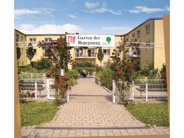 Die 2002 eröffnete CURANUM Seniorenresidenz Am Kreuzlinger Feld befindet sich westlich von M&uu...