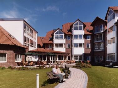 Die CURANUM Seniorenresidenz Bad Lauterberg liegt auf der Sonnenseite des Südharzes im Kur- und...