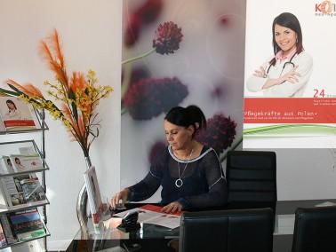 Seit 2006 bietet Kolba-Med-Agentur bundesweit ganztägige, professionelle häusliche Pflege ...