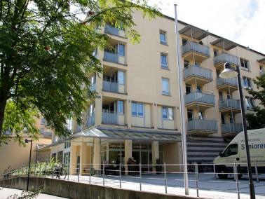Das CURANUM Seniorenstift Ulm ist nahe der Innenstadt gelegen und in Luftlinie nur einen Kilometer v...