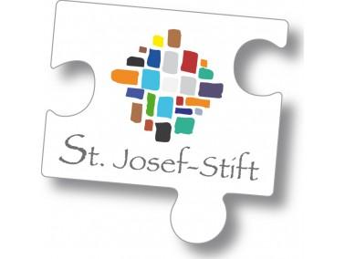 Das Altenwohnheim St. Josef-Stift wurde Anfang der 70er Jahre neu gebaut und 1976 eröffnet. Dab...