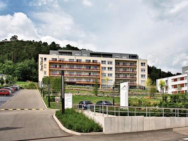 Das Senioren- und Pflegezentrum    Willkommen zu Hause. Das Dahner Felsenland mit seinen malerische...